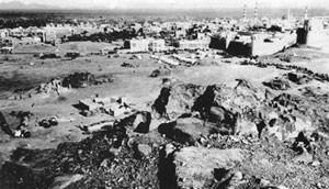 المدينة المنورة عام 1907، حيث يظهر بعض من سورها والمسجد النبوي الشريف
