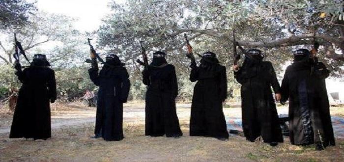 """سعوديات في سوريا مع تنظيم """"داعش"""""""